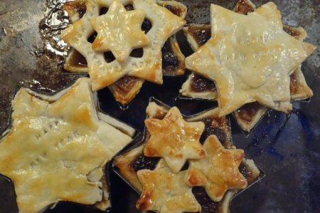 New year mince pies